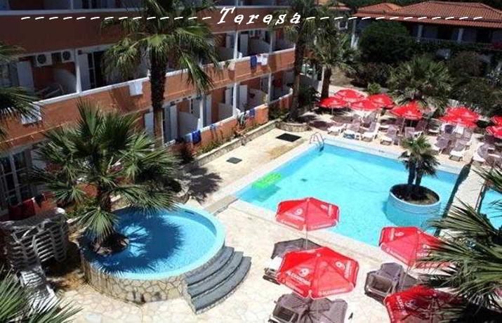 Προσφορά HappyDeals  - Διακοπές στη ΖΑΚΥΝΘΟ: Από 559€ για 6ήμερη απόδραση 2 έως 4 ατόμων, με Aκτοπλοϊκά, Πρωινό & Hμιδιατροφή, στο υπέροχο ''Teresa Hotel'' στην παραλία ...