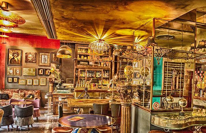 Προσφορά HappyDeals  - 8€ από 19€ για 2 Cocktails επιλογής σας στο μυθικό cocktail bar ''Phileas Fogg'' στου Ζωγράφου - έκπτωση 58%!