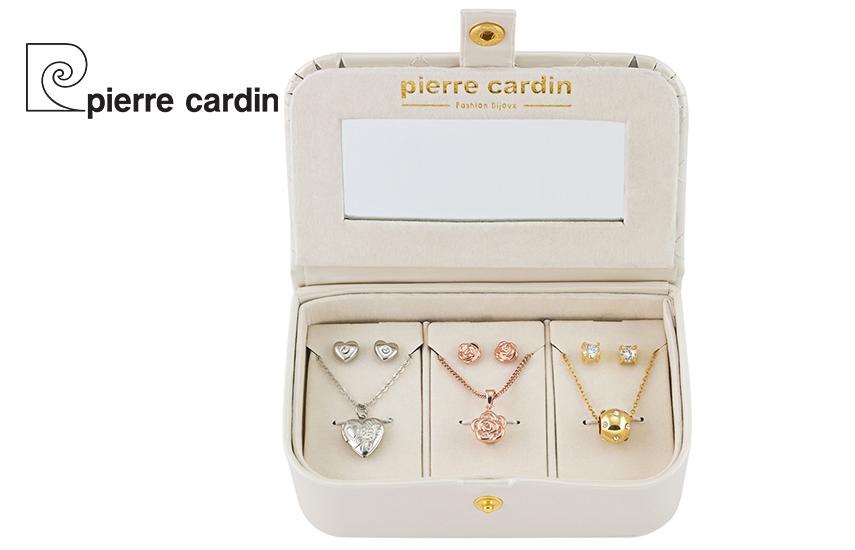 27,9€ από 59,8€ για Σετ με συλλογή Κοσμημάτων ''Pierre Cardin'', από Κράμα Χρυσού & Ρόδιο, με 3 Κολιέ και 3 Ζευγάρια Σκουλαρίκια, σε Πολυτελή συσκευασία