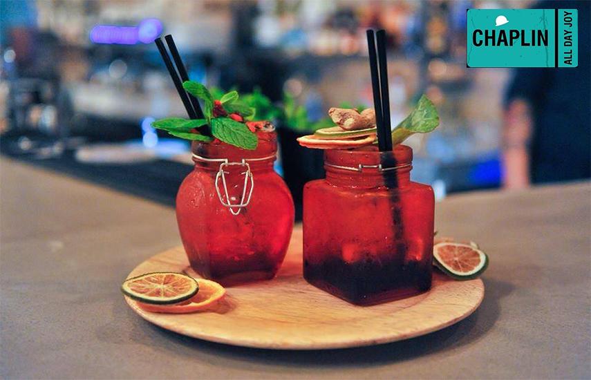 12€ από 24€ για 2 Cocktail της επιλογής σας, στο ''Chaplin Coffee & Cocktail Bar'', το δημοφιλές στέκι της πλατείας Αγίας Ειρήνης εικόνα