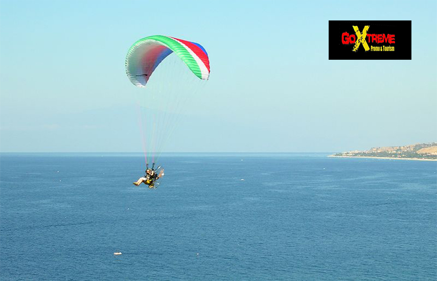 Από 146€ για Πτήση με Paramotor πάνω από την Αθηναϊκή Ριβιέρα με Μεταφορά, Video, Φωτογραφίες & Kορνίζα με αναμνηστικό δίπλωμα από το ''Go Extreme Promo & Tourism'' εικόνα