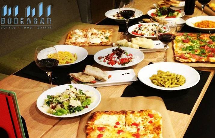 15€ από 30€ για υπερπλήρες menu 2 ατόμων στο ''Bookabar'' στο Μαρούσι, το πασίγνωστο Bar - Restaurant των Βορείων Προαστίων