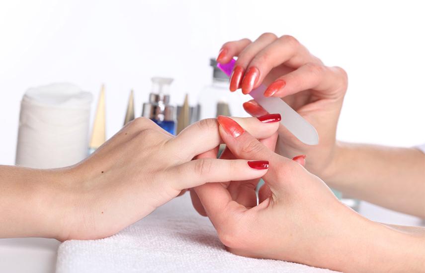 10€ από 18€ για Oλοκληρωμένο Manicure, στον υπέροχο χώρο του
