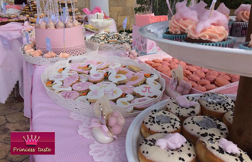 Από 180€ για Παραδοσιακό Τραπέζι Γλυκών ή Ευχών, για 100 Άτομα, Ιδανικό για Γάμο, Βάφτιση ή Party, από το Princess Taste στη Ν.Κηφισιά